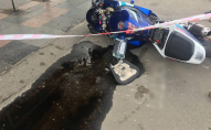 П'яний байкер загубив пасажира, кинув байк і пішки втікав від поліції. ФОТО