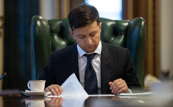 Зеленський обіцяє по 8 тисяч допомоги ФОПам і безробітним