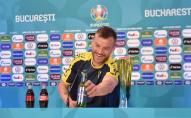 Ярмоленко «запалив» на пресконференції: «Зв'яжіться зі мною!» ВІДЕО