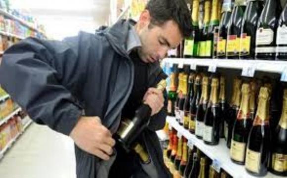 У Луцьку впіймали «алкогольного злодюжку»