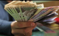 Можна залишитись без грошей: як дурять клієнтів «Монобанку» та «ПриватБанку»