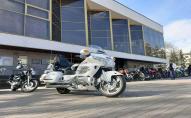 У центрі Луцька зібралося 200 байкерів, аби відкрити мотосезон. ВІДЕО
