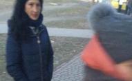 На Варшавському ринку роми обікрали дівчину. ФОТО