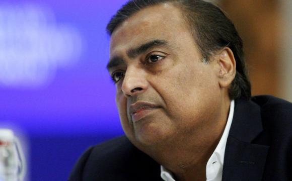 У найбагатшого чоловіка Індії вимагають викуп у криптовалюті