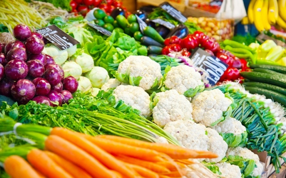 Імпортні та вітчизняні овочі: які купувати дешевше?