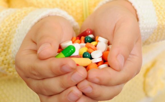 ВР заборонила продавати таблетки дітям