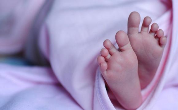 На Рівненщині мати задушила немовля