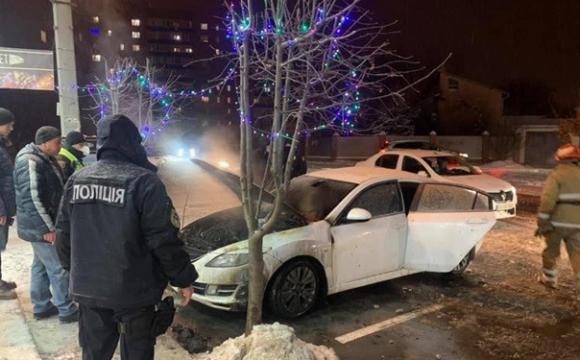 Спалили авто дружини депутата міськради. ФОТО
