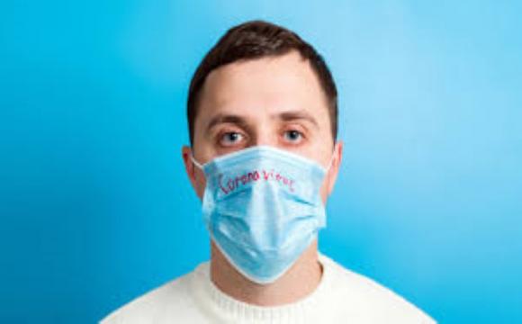 Не забезпечили медичними масками: киянин судиться з мерією