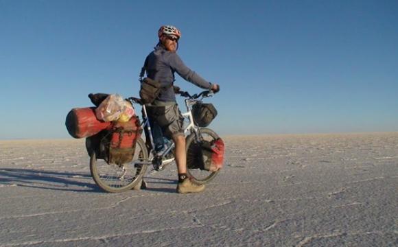 Велосипедист об'їхав увесь світ і загинув у ДТП в рідному місті