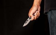 Неадекватний волинянин бив ножами свою дружину, брата та поліцейського