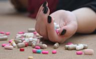 Ще одна спроба самогубства: 13-річна школярка з Луцька наковталась таблеток
