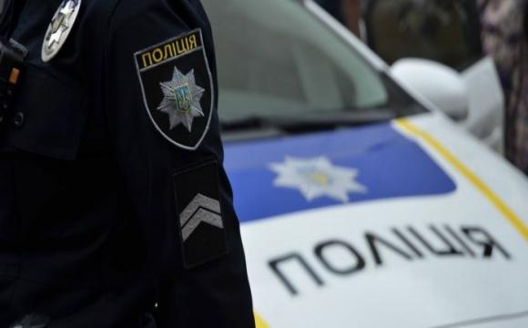 На Волині поліція з погонею затримала бус з підозрюваними у злочині. ФОТО