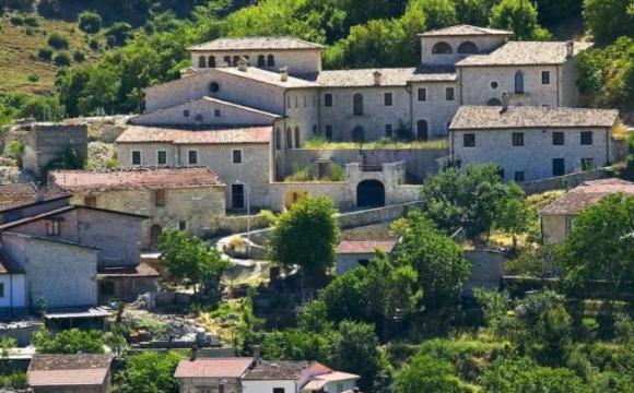 В Італії оголосили розпродаж будинків за 1 євро