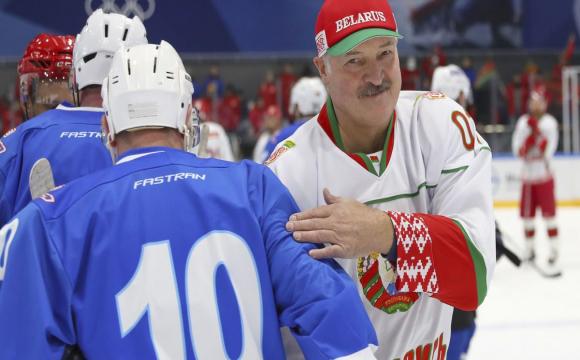 Білорусь позбавили чемпіонату світу з хокею
