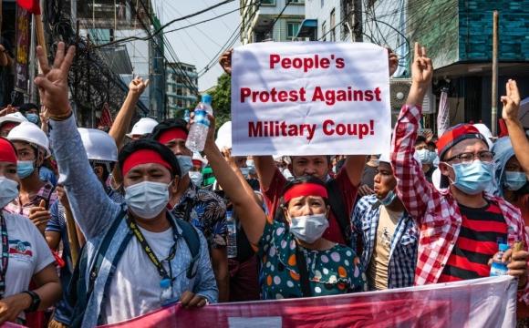 У М'янмі влада відключає інтернет