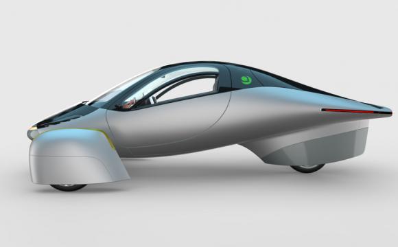 У 2021 на ринку з'явиться триколісний електрокар, якому не потрібна зарядка. ФОТО