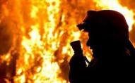 Уночі під Луцьком згоріла дерев'яна лазня. ВІДЕО