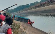 В Індії автобус з'їхав з мосту: щонайменше 40 загиблих