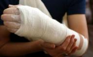 Жінка відсудила 18 тисяч за перелом на слизькій дорозі