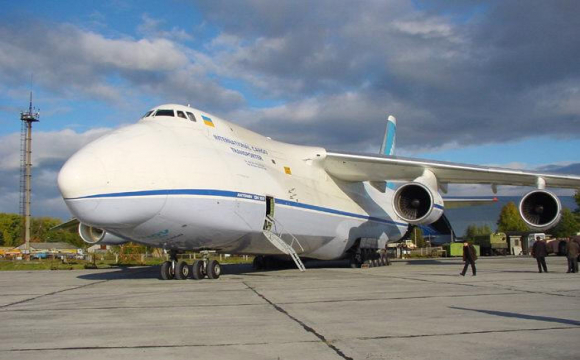 Український літак «Руслан» працює зі SpaceX