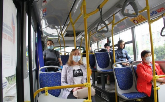 Чи зможуть невакциновані українці їздити громадським транспортом