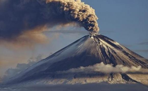 В Італії знову прокинувся вулкан Етна