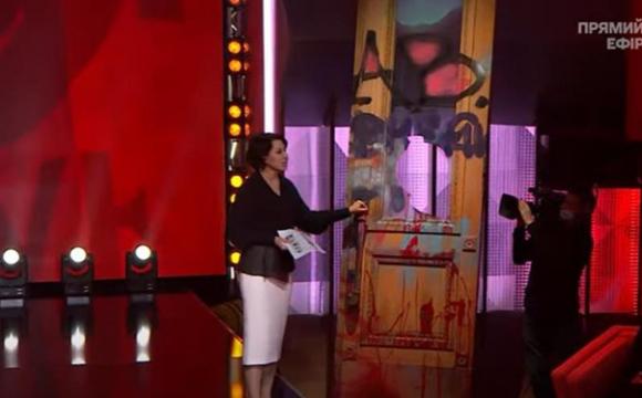 Двері з Офісу президента принесли в ефір ток-шоу