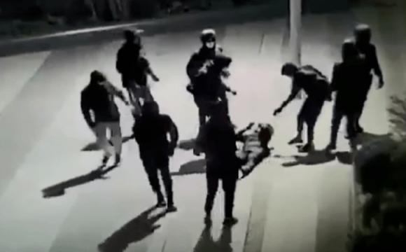 Українець, жорстоко побитий у Парижі, вийшов з коми: мама назвала можливий мотив