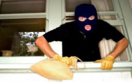 Лучанин спіймав «на гарячому» злодюгу, який хотів обчистити його квартиру