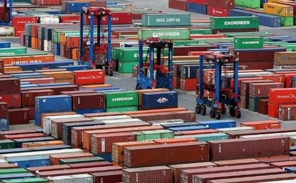 Торгівля України впала на $7 млрд за рік