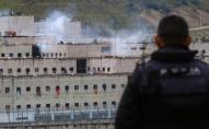 Масово вбивають в'язнів: тривають тюремні бунти в Еквадорі. ФОТО