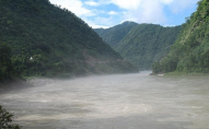 Річка забрала групу туристів: є жертви