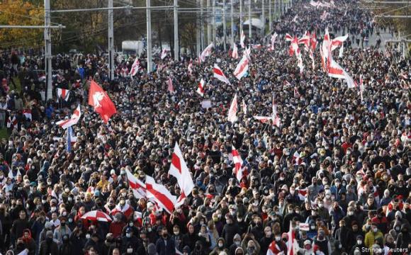 Білорусь надіслала Польщі запит про екстрадицію засновників телеграм-каналу Nexta