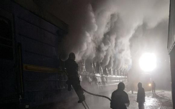 Під Полтавою спалахнув вагон поїзда: у пожежі загинули люди