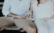 У Миколаєві безхатько перетворив для вагітної дружини підвал на комфортне житло. ВІДЕО