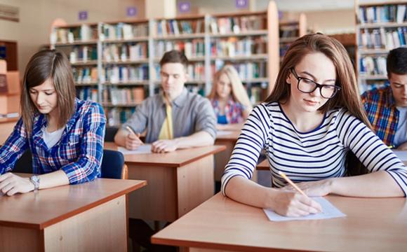 МОН відстежуватиме працевлаштування випускників університетів