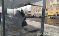 У Ковелі вандали розтрощили сучасну зупинку. ФОТО