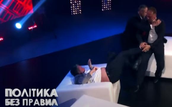 Екснардеп Барна у прямому ефірі побив депутата «Слуги народу». ВІДЕО