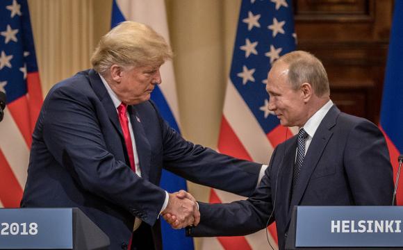 Трамп порадив Байдену подружитися з Путіним