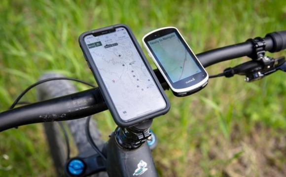 27-річний чоловік, погрожуючи ножем, відібрав у дітей смартфон і велосипед. ФОТО