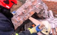 На Львівщині стіна будівлі впала на робітника, він загинув
