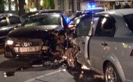 У Луцьку на проспекті зіткнулися три автомобілі, є потерпілі. ФОТО