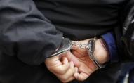 Палицею по голові: біля ПУМу пограбували 2 жінок та 1 чоловіка