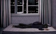 В Одесі чоловік уночі проник у меблевий магазин, щоб... поспати