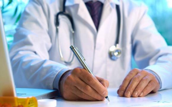 Лучанина із COVID відмовився приймати сімейний лікар: довелося йти до приватної клініки