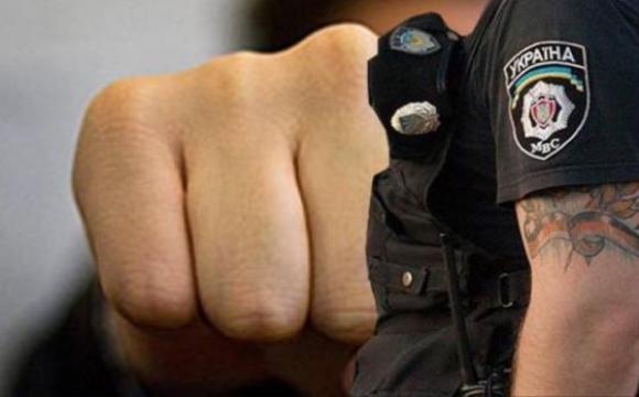 П'яний волинянин вдарив поліцейського в обличчя