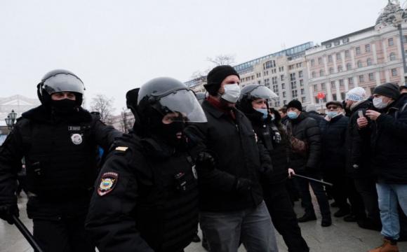 ЄС відреагує на придушення протестів у Росії