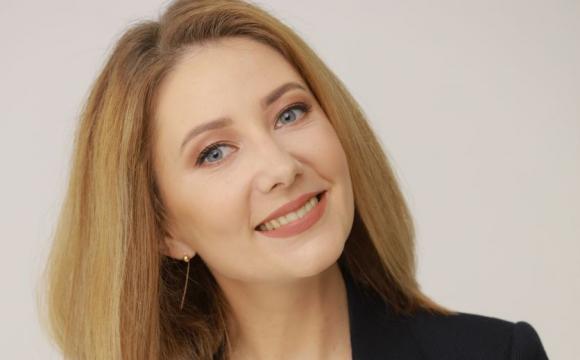 Відома українська ведуча вперше стала мамою. ФОТО
