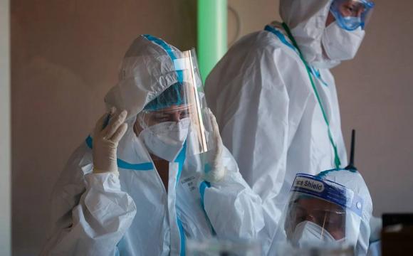 Луцька депутатка сумнівається, що Зеленський підвищить зарплати медикам